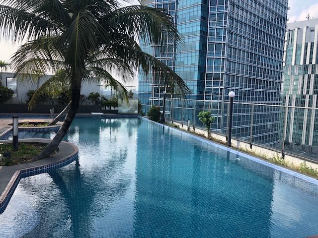 Weekend in Kuala Lumpur: Zwemmen & Uitgaan!